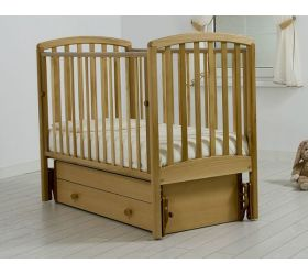 Детская кроватка с универсальным маятником Дашенька